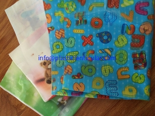 China PLASTIC LENTICULAR 3d color change lenticular fabric printing-rainbow lenticular fabric sheets with pvc tpu supplier
