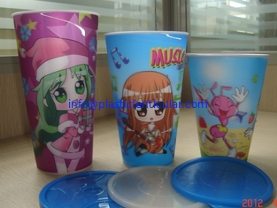 China PLASTIC LENTICULAR 350 ml cartoon flip lenticular printing coffee 3d lenticular drink plastic cup with straw supplier