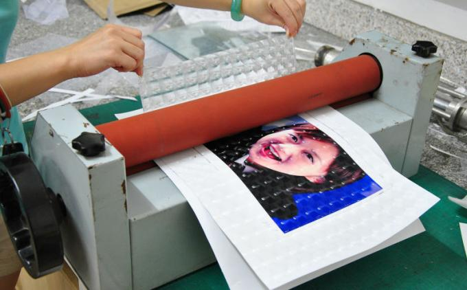 PLASTIC LENTICULAR hot sales 3d lenticular software training lenticular printer technology training